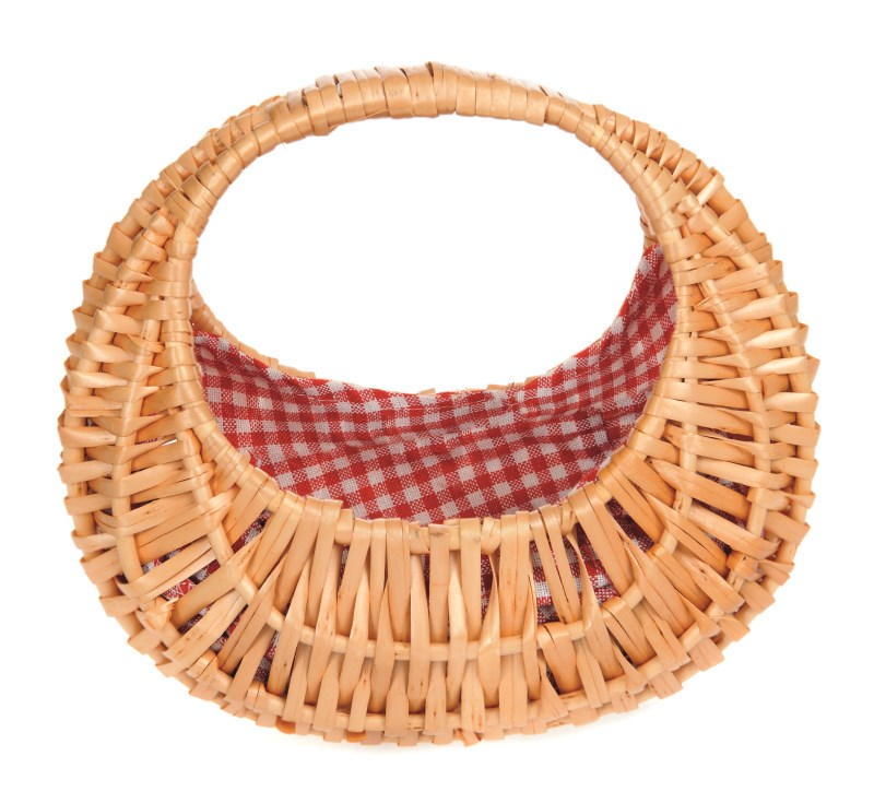 Wicker Oval Basket with Red/White Gingham lining