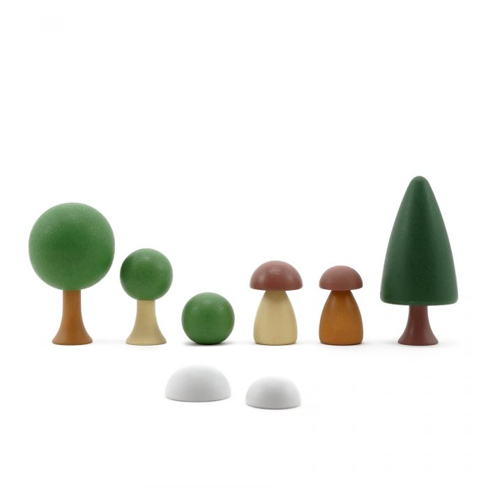 CLiCQUES [clicks] are colourful, beautiful and fun wooden peg gardens made from high-quality European hornbeam. They are CE certified and hand-painted with certified child-safe paints and varnishes.