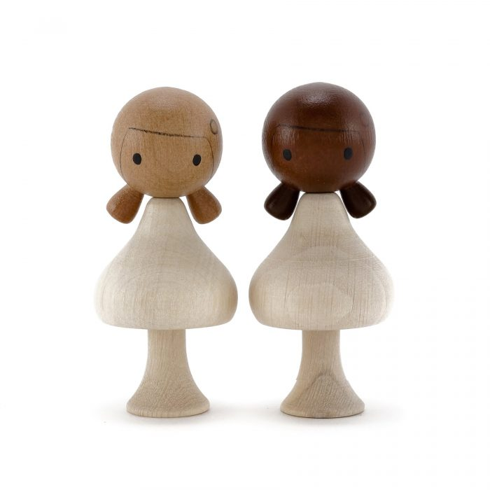 CLiCQUES [clicks] are colourful, beautiful and fun wooden peg dolls made from high-quality European hornbeam. They are CE certified and hand-painted with certified child-safe paints and varnishes.